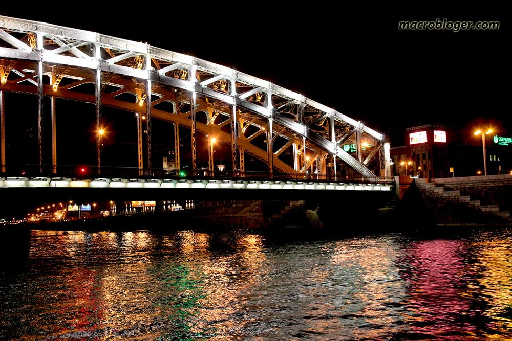 Один из пролетов Большеохтинского моста