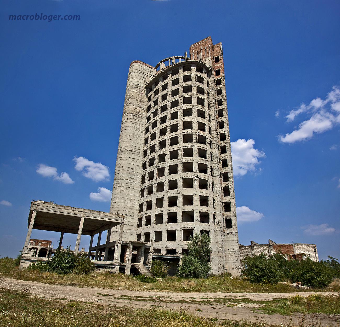 Яловенский небоскрёб