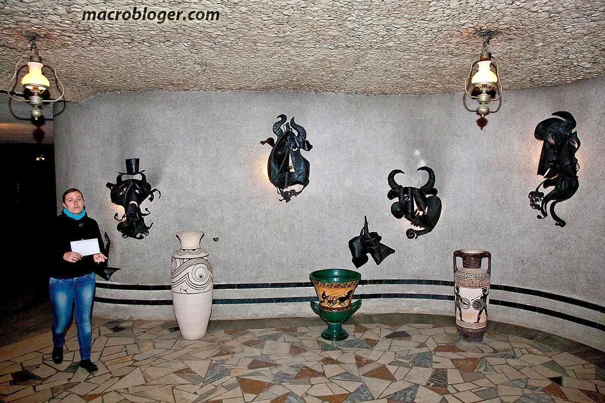 Винные подвалы Милештий Мичь